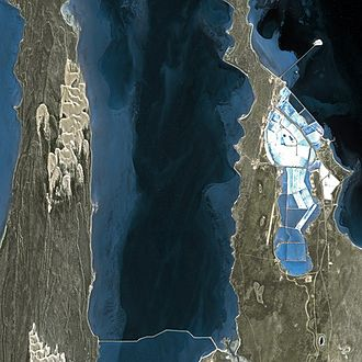 Shark Bay - Louis Henri de Saulces de Freycinet's Useless Harbour in Shark Bay, seen from the SPOT satellite