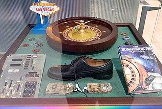 J. Doyne Farmer - The Eudaemonic Pie display, including Farmer's roulette shoe computer, at the Heinz Nixdorf Museum