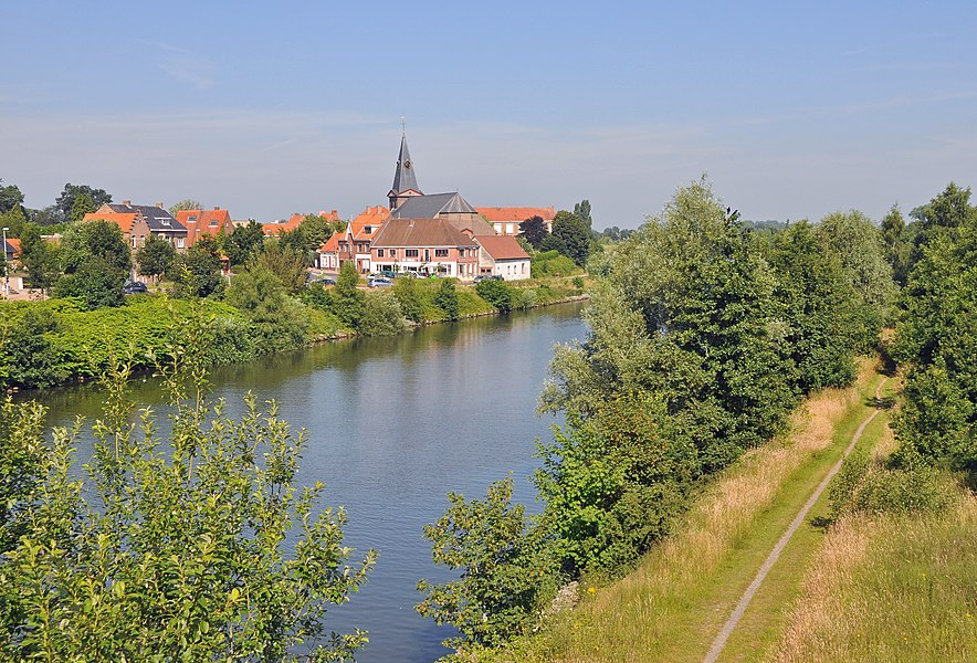 The village of Sint-Joris-ten-Distel (municipality of Beernem, Belgium) and the canal from Ghent to Bruges