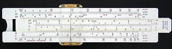 Une montre étonnante, la Juvénia arithmo! 550px-Sliderule_2005
