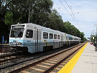 Southbound train at Lutherville station, August 2014.JPG