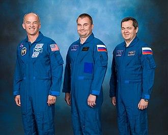Soyuz TMA-20M - Image: Soyuz TMA 20M official crew portrait