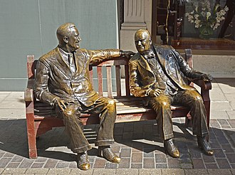 Allies (1995) by Lawrence Holofcener, a sculptural group depicting Franklin D. Roosevelt and Churchill in New Bond Street, London. Special Relationship%3F (geograph 4125450).jpg