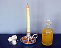 Spermaceti candle and oil.jpg