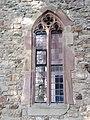 Spitzbogenfenster- Kirchturm St. Otmar (Hochmössingen).jpg