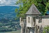 St. Georgen a. L. Burg Hochosterwitz Wehrturm an der Kirche hl. Johann Nepomuk 01062015 1165.jpg