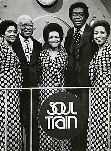 3e9959e32e1 Staple Singers on Soul Train.jpg