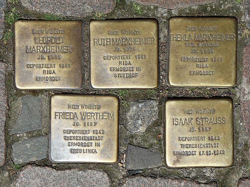 File:Stolpersteine Marxheimer Wertheim Strauss Marburg.jpg