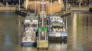 Strépy-Thieu boat lift-3613.jpg