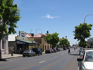 Kilmore, Victoria - The main street of Kilmore
