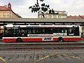 Stuchlíkův autobus Smíchovské nádraží.jpg