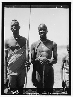 Luo peoples - Shilluk men in South Sudan