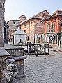 Sur la place du temple (Bungamati, Népal) (8627949005).jpg