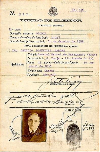 Ficheiro:Título de eleitor de Getúlio Vargas 1934.jpg