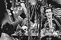 TV-opnamen De Mounties. links Rene van Vooren, achter tafel Piet Bambergen als, Bestanddeelnr 924-0869.jpg