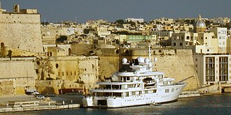 Tatoosh (yacht) - In the harbour of Valletta, Malta