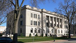 Tazewell County, Illinois courthouse from SW 2.jpg