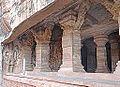 Temple troglodytique dédié à Vishnou (Badami, Inde) (14146252947).jpg