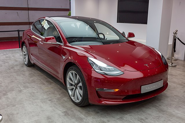 Tesla Model Y Wikipedia: File:Tesla, Paris Motor Show 2018, Paris (1Y7A1919).jpg
