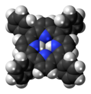 Tetraphenylporphyrin-3D-spacefill.png