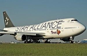 Thai Airways International Boeing 747-400 SYD Gilbert-1.jpg