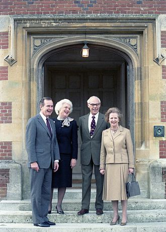 Barbara Bush - Second Lady Barbara Bush and the Vice President with Prime Minister Margaret Thatcher and Denis Thatcher at Chequers, 1984