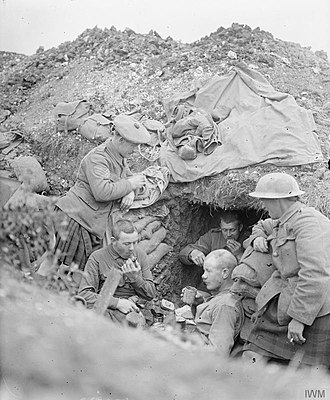 Scotland - Cameronians (Scottish Rifles) in a trench at the Somme, 1916