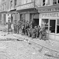 The British Army in Normandy 1944 B6722.jpg