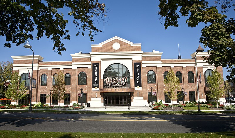 10 Amazing Chocolate Museums Around the World: Hershey's Chocolate World, Pennsylvania, USA