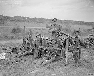 Blythswood Rifles - Men of 52nd (L) Division with captured machine guns at Quéant, 6 September 1918.