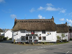 The Red Lion pub in Mawnan Smith - geograph.org.uk - 760856.jpg