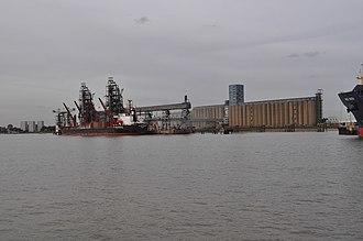 Port of Tilbury - Ship discharging at Tilbury Grain Terminal