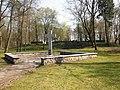 Tilsit Waldfriedhof Gedenkplatz.JPG