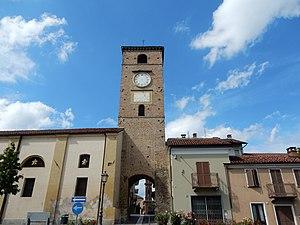 Cambiano - Image: Torre di accesso al paese
