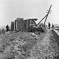 Tractor met dorsmolen in botsing met trein bij Markelo, Bestanddeelnr 918-3102.jpg