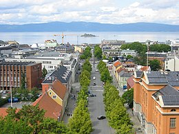 Trondheim from roof of cathedral.jpg