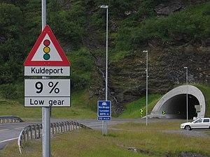 Magerøya - Image: Tunel na wyspe Mageroya