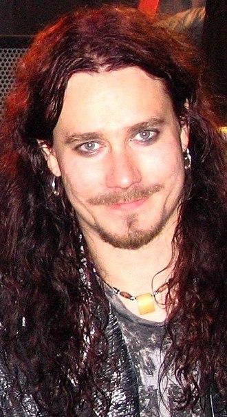 Tuomas Holopainen - Image: Tuomas Nightwish backstage cropped
