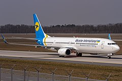 Boeing 737-900ER linii Ukraine International Airlines