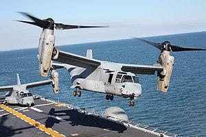 「キアサージ」から発艦した海兵隊所属のMV-22