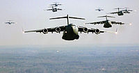 US Air Force C-17 Globemaster III formation.jpg