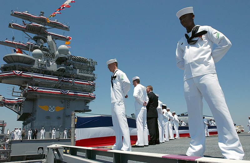 File:US Navy 030712-N-8148A-503 Sailors stationed aboard the Navy's newest aircraft carrier, USS Ronald Reagan (CVN 76) man the rails during the commissioning ceremony.jpg