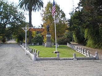 Union Cemetery (Redwood City, California) - Image: Union Cemetery (Redwood City, CA) GAR plot