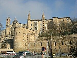 Della Rovere - Image: Urbino, palazzo ducale visto dal mercatale 02