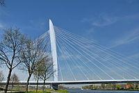 Utrecht 'Prins Claus brug'.jpg
