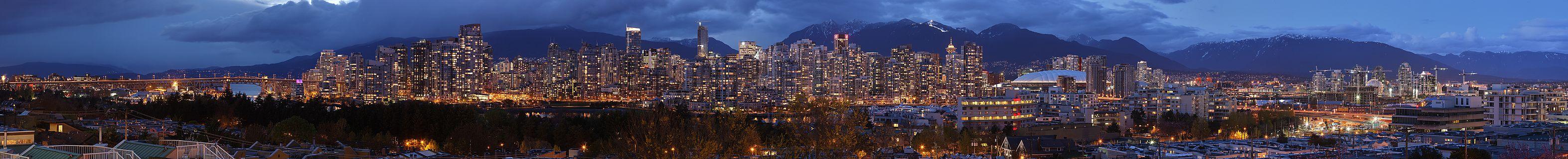 http://upload.wikimedia.org/wikipedia/commons/thumb/2/27/Vancouver_dusk_pano.jpg/3146px-Vancouver_dusk_pano.jpg