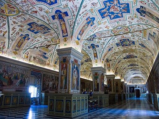 Vatican-Musee-Interieur