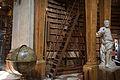 Vienna - Baroque bookshelves details - 6714.jpg