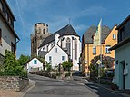 View of St. Martin and Martinsberg, Oberwesel 20150514 1.jpg