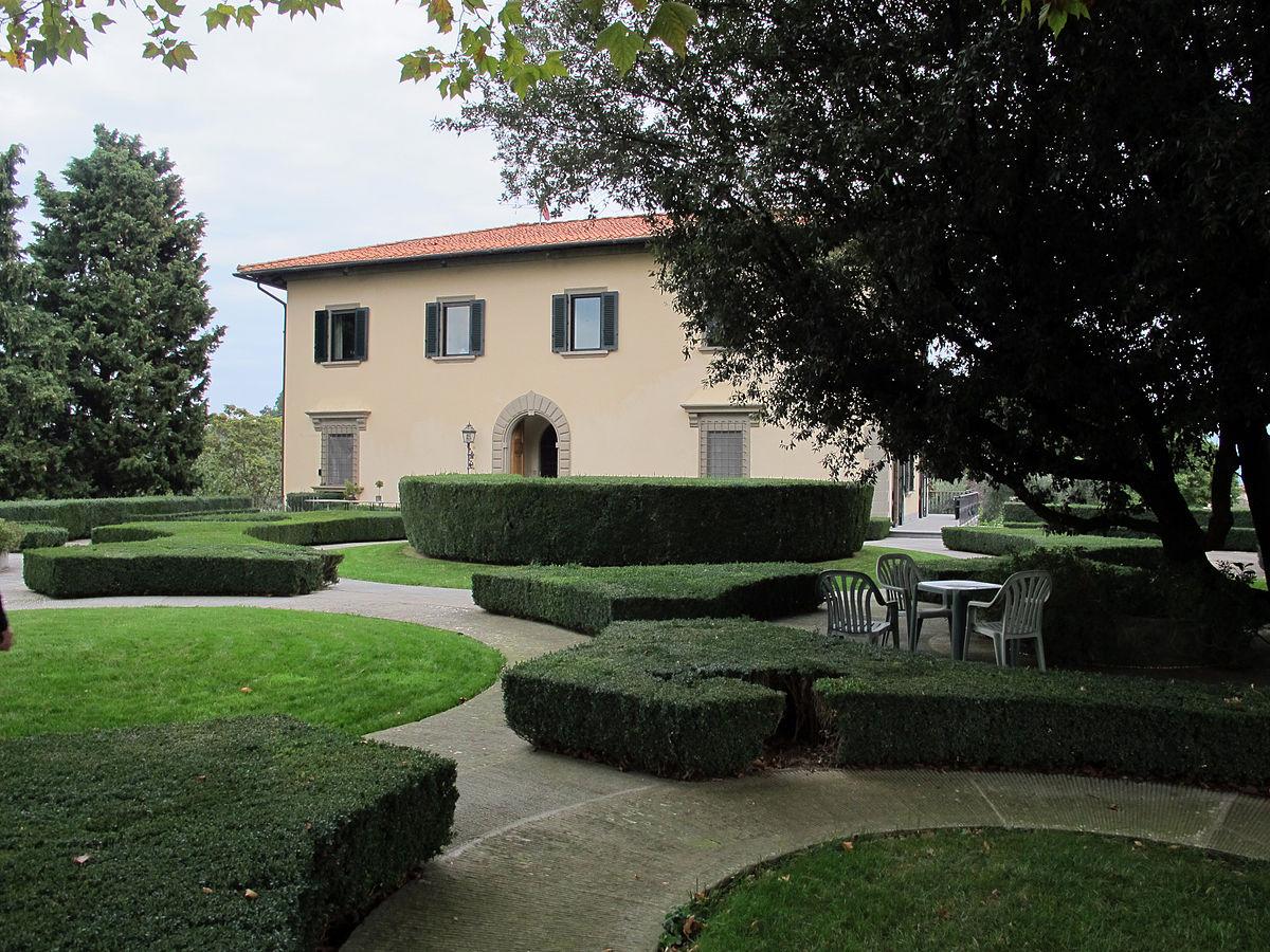 Villa il roseto firenze wikipedia for Villas firenze